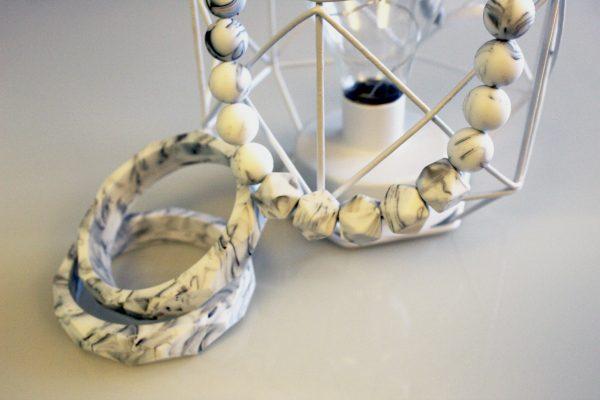 Collier de portage et d'allaitement Eternity marbre