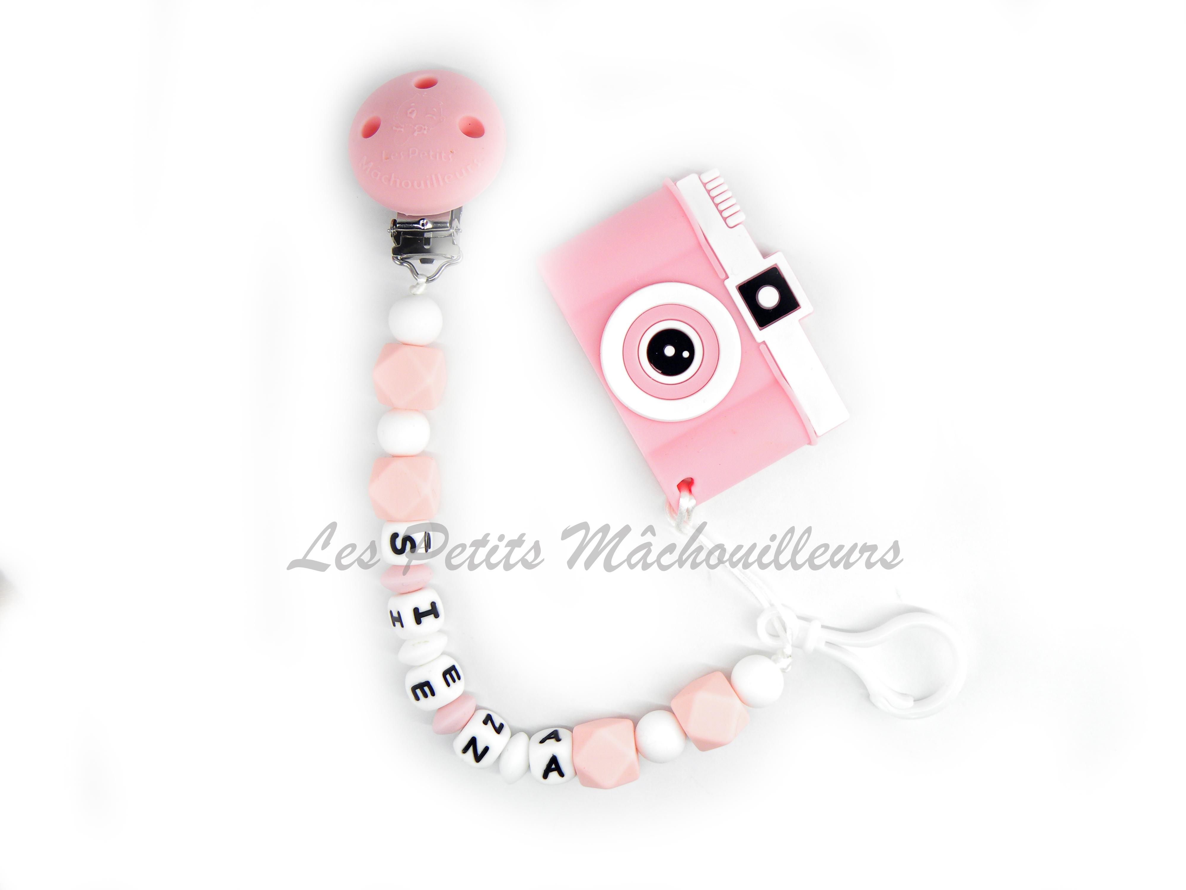 attache tétine en silicone et son jouet de dentition appareil photo