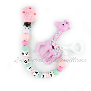 attache tétine personnalisée et son jouet de dentition girafe en silicone